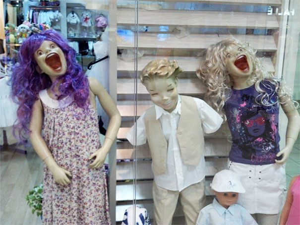 funny-mannequins-17-5ab3a6afc8e9a__605.jpg